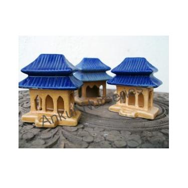 Pagoda with 3 gates